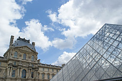 Louvre i Paris
